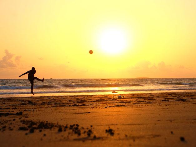 Strandaktiviteter Gotland fotboll