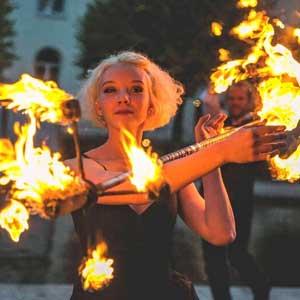 Gotländska Möten Eld gycklare